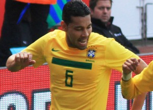 André Santos spielt bald für den FC Wil (Bild: Wikipedia/Ronnie Macdonald).