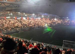 Weihnachtssingen im Stadion der Union Berlin (Bild: Wikipedia/Christian Liebscher).