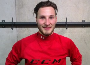 Dario Kummer, Stürmer beim HC Ajoie (Bild: zweiteliga.org).