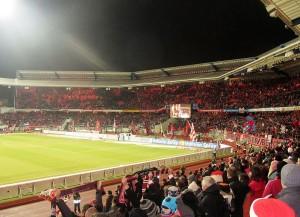 Blick ins Stadion des 1. FC Nürnberg (Bild: Wikipedia/Markus Unger).