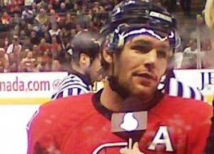 Mike Fisher (Bild: Wikipedia/Guitarmasta).