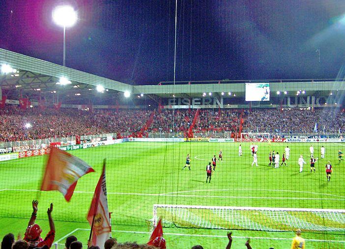 Freiburg mit sechstem Sieg in Serie – Damir Kreilach in Elf der Runde