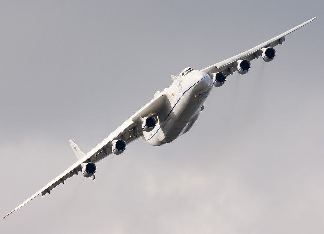 Antonov An-225 – das grösste Flugzeug der Welt