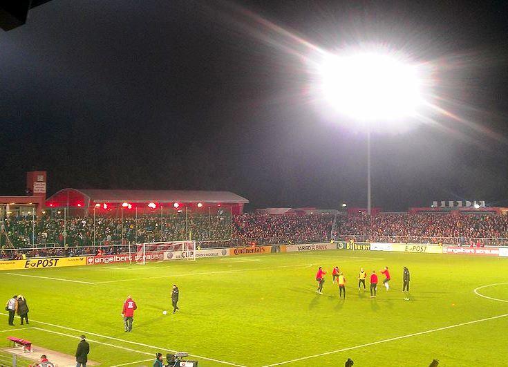 Würzburger Kickers ringen HSV nieder – Greuther Fürth stösst auf Rang 2 vor