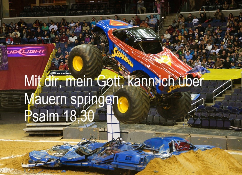 Monster Truck mit kraftvoller Allegorie
